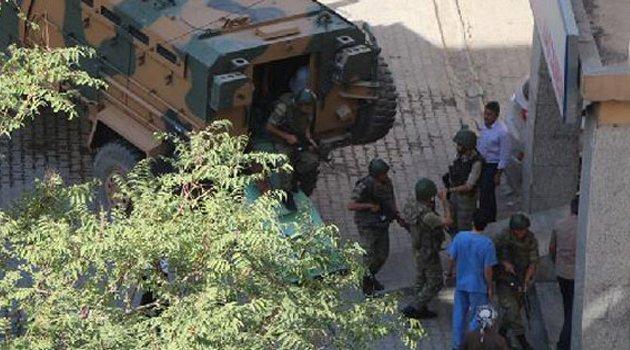 Askeri konvoya mayınlı tuzak: 2 şehit