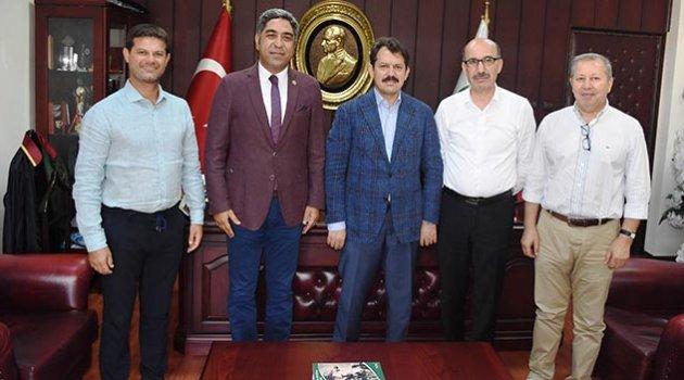 Başsavcı Yeldan, Baro BAŞKANI Küçük'e veda ziyaretinde bulundu