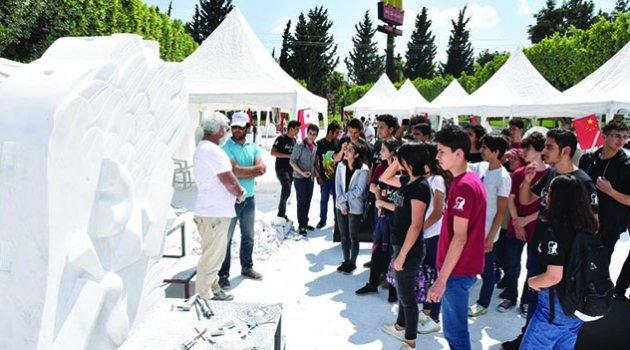 Büyükşehir, Adana'ya 15 heykel kazandıracak