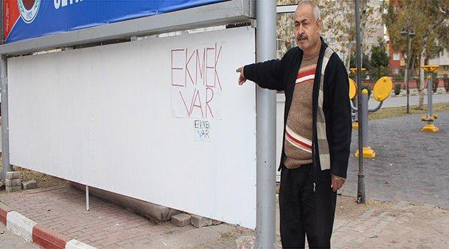 Ceyhan'da kafa yaran tabelaya Türk işi çözüm