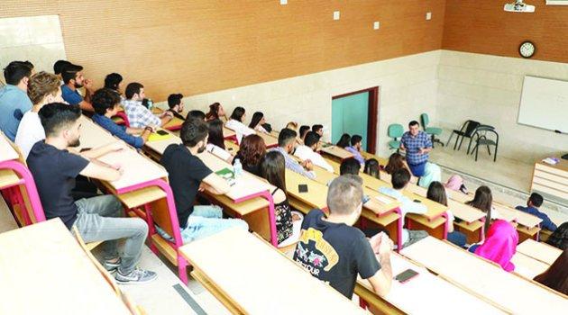 Çukurova Üniversitesi ders başı yaptı