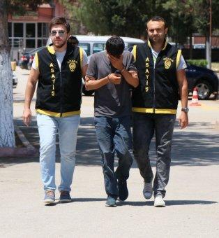 Kapkaç Yaptı, Çeşmede Yüzünü Yıkarken Polise Yakalandı