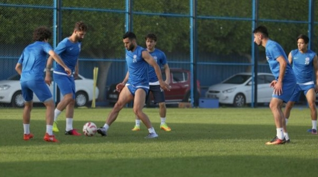 Adana Demirspor, Çalışmalarını Sürdürüyor