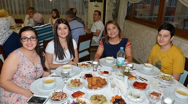 Adana İl Milli Eğitim Müdürlüğü Çalışanları İftarda Buluştu