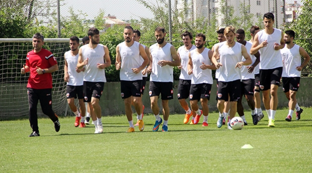 Adanaspor PTT 1. Lig'deki son maçına hazırlanıyor