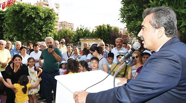 Çukurova Belediyesinden çocuklara karne hediyesi