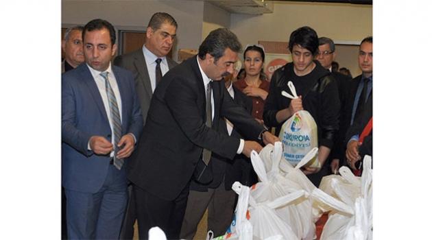 Çukurova'da yardımlar Ramazan'da da sürüyor