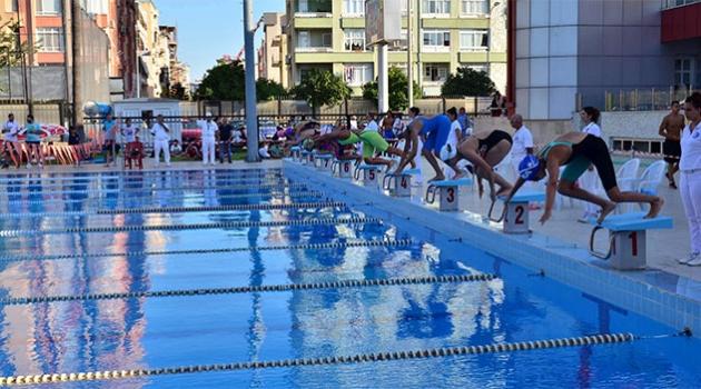 Kabotaj Bayramı ve Türkiye Yıldızlar Yüzme Şampiyonası Baraj Geçme Müsabakaları