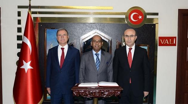Sri Lanka'nın Ankara Büyükelçisi Amza'dan Vali Demirtaş'a Ziyaret