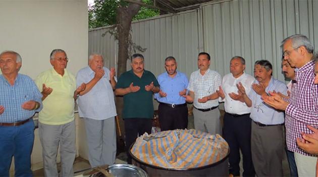 Türkistanlılar Derneği İftar Verdi