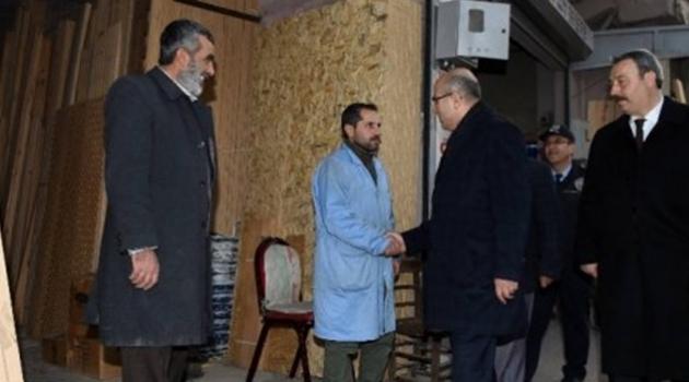 Vali Mahmut Demirtaş, Saydam Caddesi Esnafını Ziyaret Etti