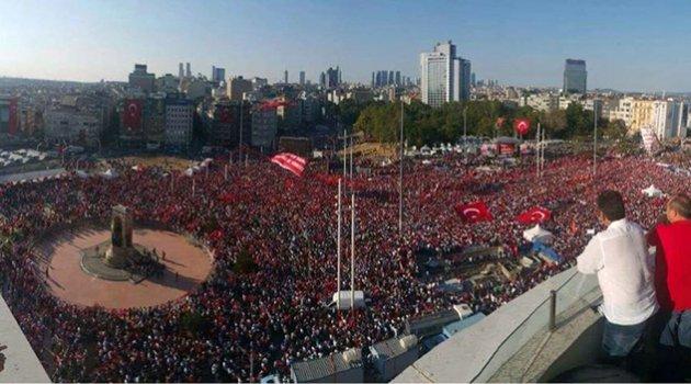 'NE DARBE NE DİKTA, ÇÖZÜM ÖZGÜRLÜKÇÜ DEMOKRASİ'