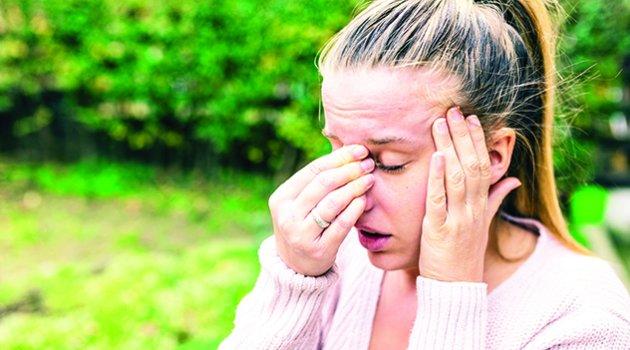 Sinüzit tedavi edilmezse ciddi sorunlara yol açıyor