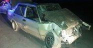 3 otomobil çarpıştı! 6 yaralı
