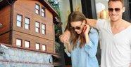 Serenay Sarıkaya 9 odalı evi küçük buldu