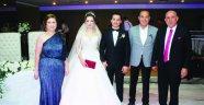 Mansur Aladağ avukat kızını evlendirdi