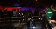 Araç sulama kanalına uçtu  Bir kişi hayatını kaybetti 1 kişi yaralandı.