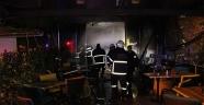 Adana'da bir cafe-bar yandı: 1 kişi dumandan etkilendi