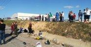 Araç şarampole yuvarlandı! 1 ölü 5 kişi yaralandı