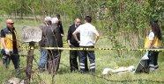 Arazisinde öğrenciler tarafından ölü bulundu