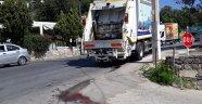 Çöp kamyonunun altında kalan adam öldü