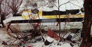 Dereye uçan otobüste 6 ölü 20 yaralı var!