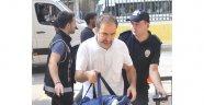 Eski Dekan Yardımcısı FETÖ'den tutuklandı