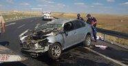 İki otomobil çarpıştı! 2 ölü 7 yaralı