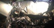 Otomobiller kafa kafaya çarpıştı! 2 ölü 2 yaralı