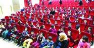 Şehir Tiyatrosu, çocuklara tiyatroyu sevdiriyor!