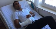 Suriyeliler zabıta memurunu dövdü
