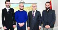 Vali Demirtaş, berber İbrahim Şentürk'ü makamında kabul etti