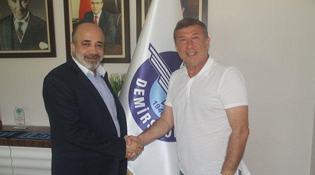 Tanju Çolak sportif Direktör
