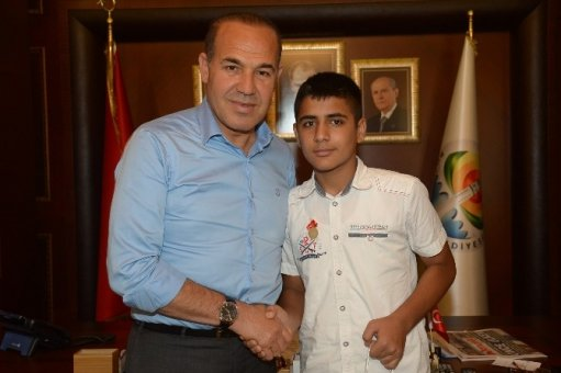 TEOG Türkiye Birincisi Cumali Kankılıç Başkan Sözlü'yü Ziyaret Etti