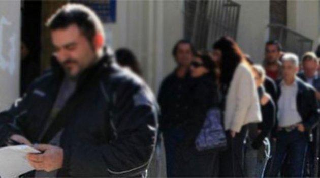 Türkiye'de 2 Milyon 895 Bin Kişi İşsiz