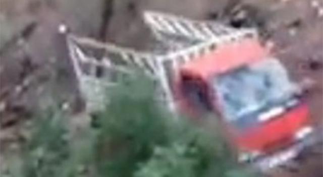 Halat koptu 300 metre uçuruma yuvarlandı