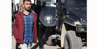 Polise taş atan PKK yandaşına 3 yıl 1 ay 15 gün hapis cezası