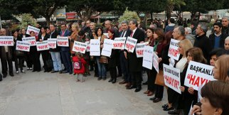 CHP'lilerden 'Ayağa Kalkıyoruz' eylemi