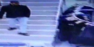 Telefon hırsızı kameralara yakalandı