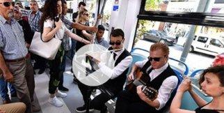 Toplu taşımada müzik keyfi