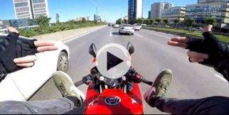 Motosiklet terörü kamerada